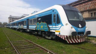Dos coches motores Materfer para Tren del Valle